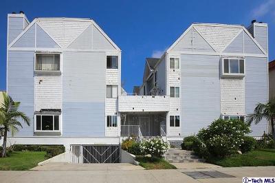 Glendale Condo/Townhouse For Sale: 1121 East Wilson Avenue #14