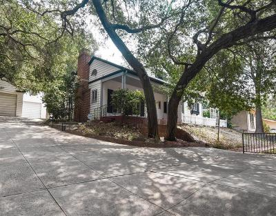 Glendale Single Family Home For Sale: 2908 East Chevy Chase Drive