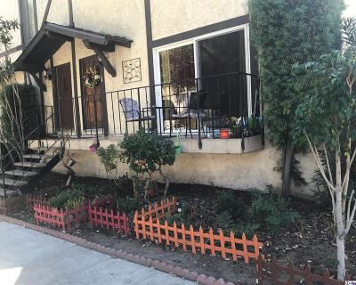 Burbank Condo/Townhouse For Sale: 639 East Olive Avenue #6