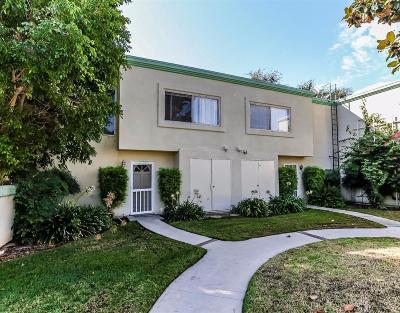 Northridge Condo/Townhouse For Sale: 18530 Mayall Street #D