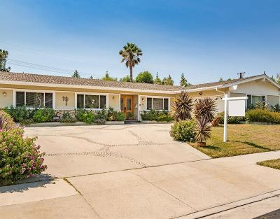 West Hills Single Family Home For Sale: 8201 Clemens Avenue