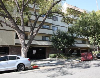 Glendale Condo/Townhouse For Sale: 1339 North Columbus Avenue #324