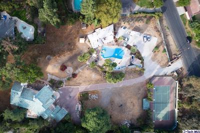 Tarzana Single Family Home For Sale: 5021 Topeka Drive