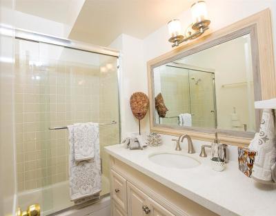 Encino Condo/Townhouse For Sale: 5330 Zelzah Avenue #7