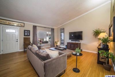 Glendale Condo/Townhouse For Sale: 1550 Riverside Drive #D