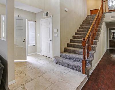 Northridge Single Family Home For Sale: 19358 Roscoe Boulevard