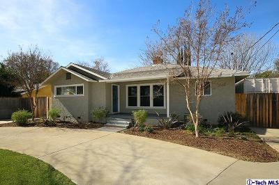 Canoga Park Single Family Home For Sale: 7711 Owensmouth Avenue