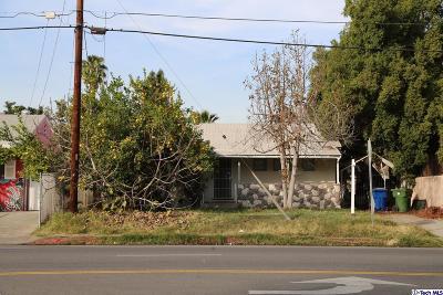 Valley Village Single Family Home For Sale: 11841 Burbank Boulevard
