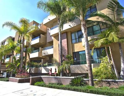 Condo/Townhouse For Sale: 871 Crenshaw Boulevard #104