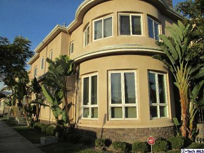 Glendale Condo/Townhouse For Sale: 210 South Cedar Street #2