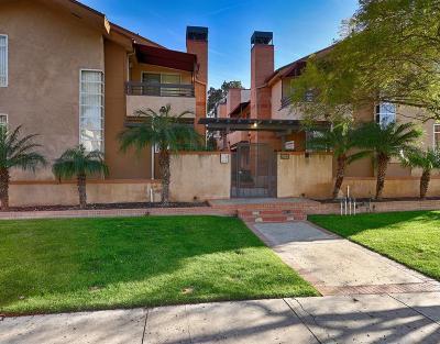 Glendale Condo/Townhouse For Sale: 432 West Lexington Drive #4