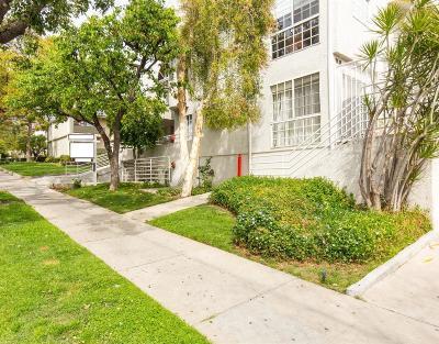 Glendale Condo/Townhouse For Sale: 1328 North Columbus Avenue #11