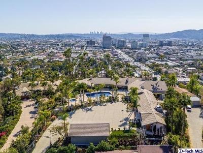 Glendale Single Family Home For Sale: 1611 Glenmont Drive