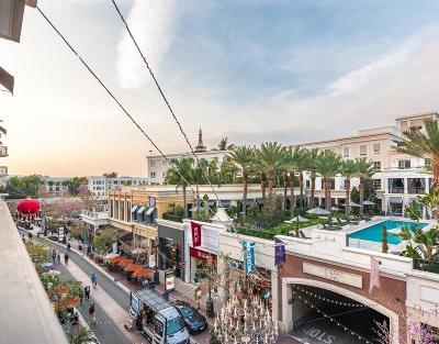 Glendale Condo/Townhouse For Sale: 409 Caruso Avenue
