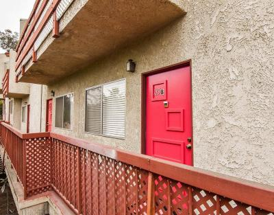 Glendale Condo/Townhouse For Sale: 1523 East Windsor Road #115B