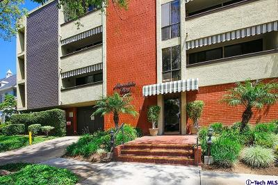 Glendale Condo/Townhouse For Sale: 125 West Mountain Street #210