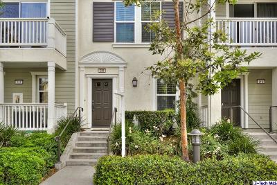 Irvine Condo/Townhouse For Sale: 220 Silk Tree