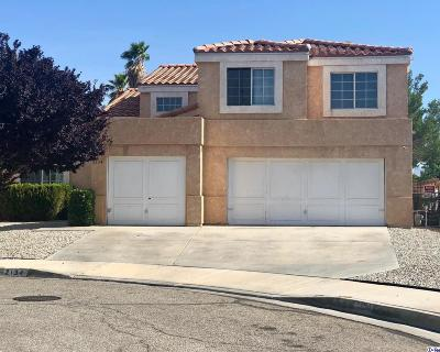Lancaster CA Single Family Home For Sale: $389,000