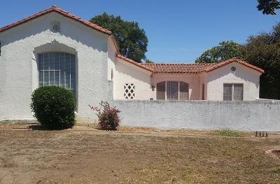 Los Angeles County Single Family Home For Sale: 754 South Citrus Avenue