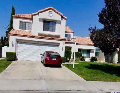 Lancaster CA Single Family Home For Sale: $365,000