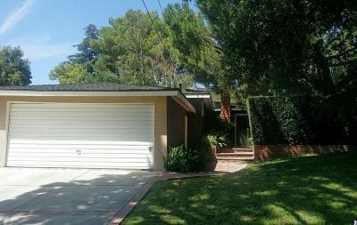 Los Angeles County Single Family Home For Sale: 2306 Manzanita Lane