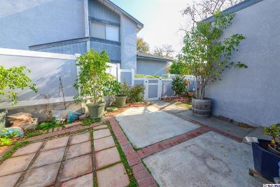 Azusa CA Condo/Townhouse Active Under Contract: $429,000