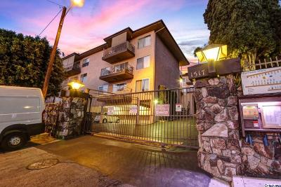 Glendale Condo/Townhouse Active Under Contract: 1517 East Garfield Avenue #5