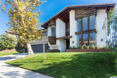 Los Angeles County Single Family Home For Sale: 2537 Flintridge Drive