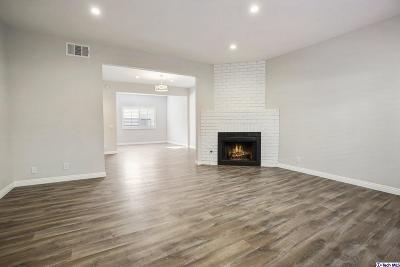 Condo/Townhouse For Sale: 15025 Sherman Way #B