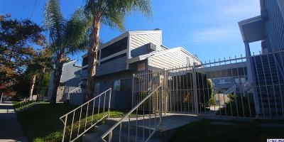 Canoga Park Condo/Townhouse For Sale: 20930 Parthenia Street #202
