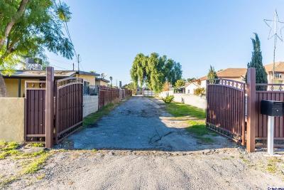Sun Valley Single Family Home For Sale: 10861 Nettleton Street