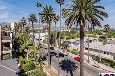 Beverly Hills Condo/Townhouse Active Under Contract: 439 North Doheny Drive #202