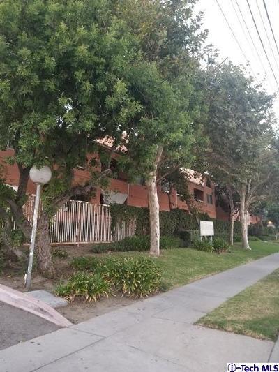 Condo/Townhouse For Sale: 12601 Van Nuys Boulevard #154