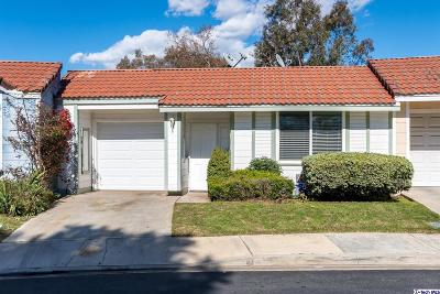 Pomona Single Family Home Active Under Contract: 1563 Club Drive