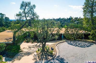 Pasadena Single Family Home For Sale: 390 Mooresque Street
