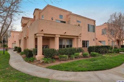 Newhall Condo/Townhouse Active Under Contract: 21305 Nandina Lane #103