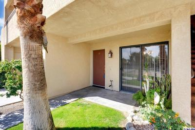 Palm Springs CA Condo/Townhouse For Sale: $259,000
