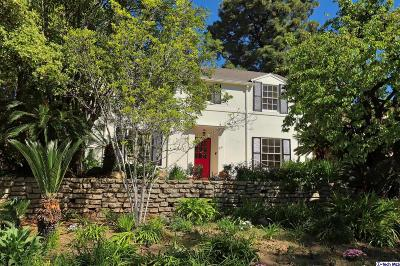 Glendale Single Family Home For Sale: 881 Cumberland Road