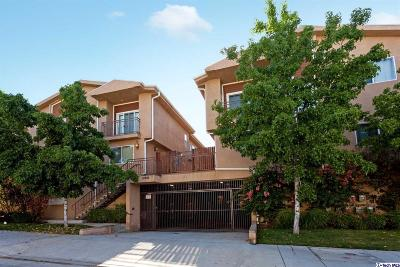 Tujunga Condo/Townhouse For Sale: 10244 Hillhaven Avenue #4