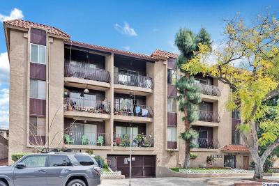 Glendale Condo/Townhouse Active Under Contract: 330 North Jackson Street #122