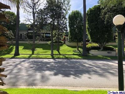 Pasadena Condo/Townhouse For Sale: 885 South Orange Grove Boulevard #39