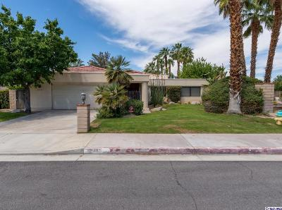 Palm Desert Single Family Home For Sale: 40755 Centennial Circle