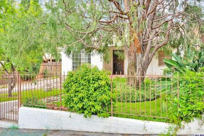 Tujunga Single Family Home Active Under Contract: 10632 Pinewood Avenue