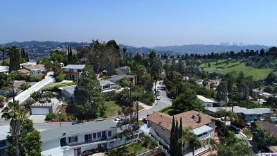 Los Angeles County Single Family Home Active Under Contract: 1200 Scenic Drive