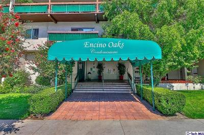 Encino Condo/Townhouse For Sale: 5460 White Oak Avenue #C204