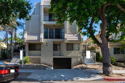 Glendale Condo/Townhouse Active Under Contract: 422 Hawthorne Street #4