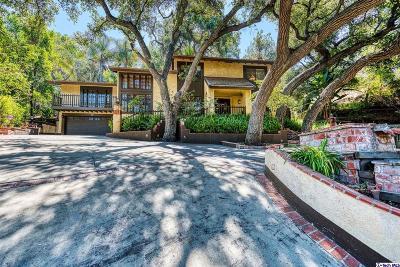 Pasadena Single Family Home For Sale: 1870 Rosemont Avenue
