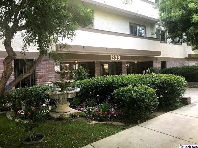 Glendale Condo/Townhouse For Sale: 1339 North Columbus Avenue #126