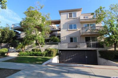 Glendale Condo/Townhouse Active Under Contract: 400 Cameron Place #302