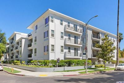 North Hollywood Condo/Townhouse Active Under Contract: 4820 Bellflower Avenue #307